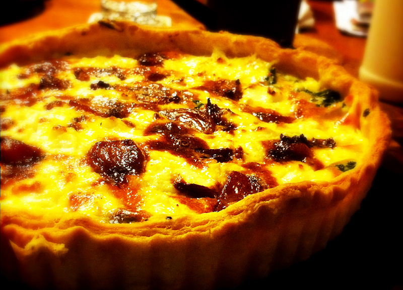 roast-garlic-tart